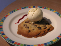 chocolate chip cookies with ice cream