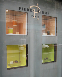 Herme Shop Window